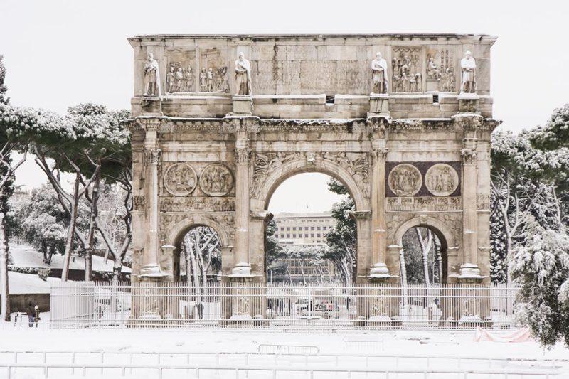 arco-costantino-sotto-la-neve-2012